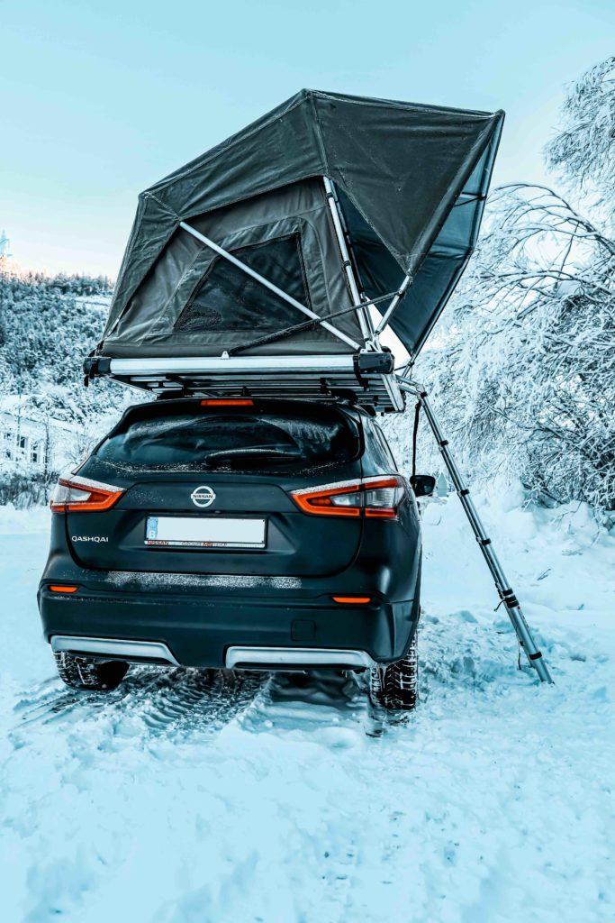 Stoemelings tente de toit winter switzerland