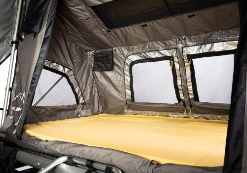 intérieur tente jimba
